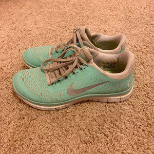 Tiffany Blue Nike Free Run